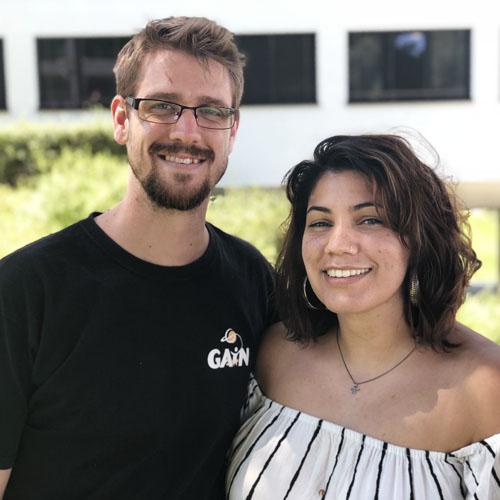 Miqueas Forster y Mia Gutiérrez